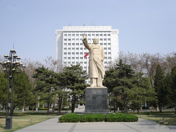 北京邮电大学 雕塑