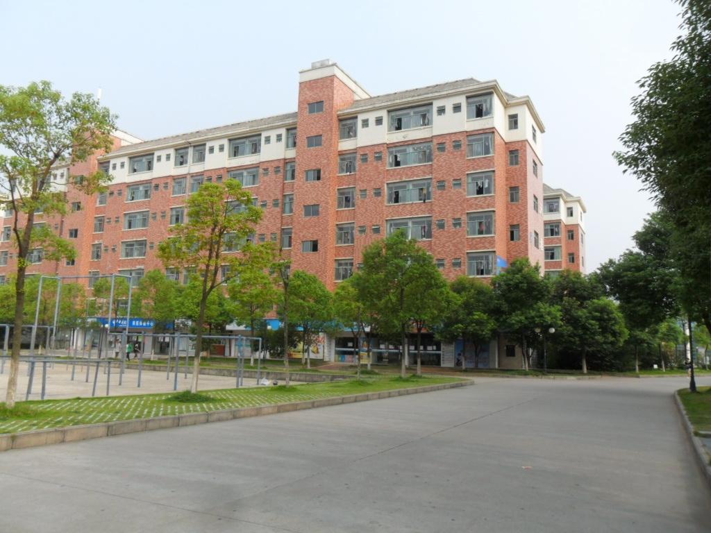 南昌航空大学 宿舍图片