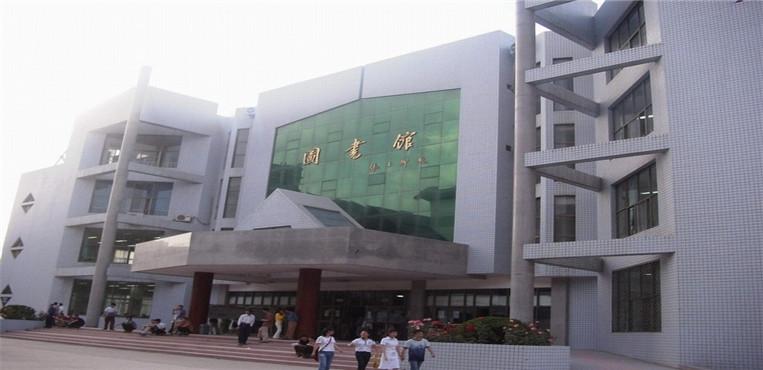 北京印刷学院 图书馆