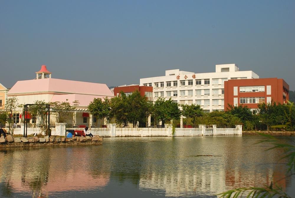 校园风光_广州大学华软软件学院招生网_优志愿
