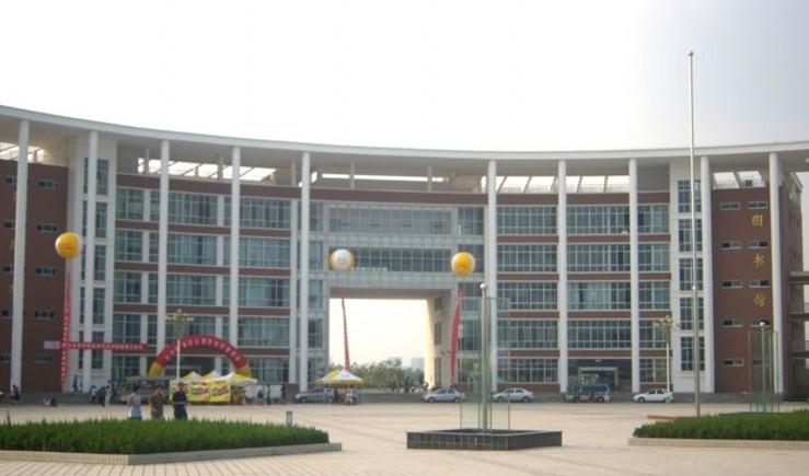 校园风光_武汉体育学院体育科技学院招生网