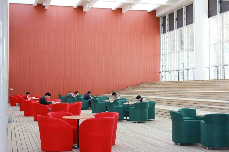 江苏大学 图书馆