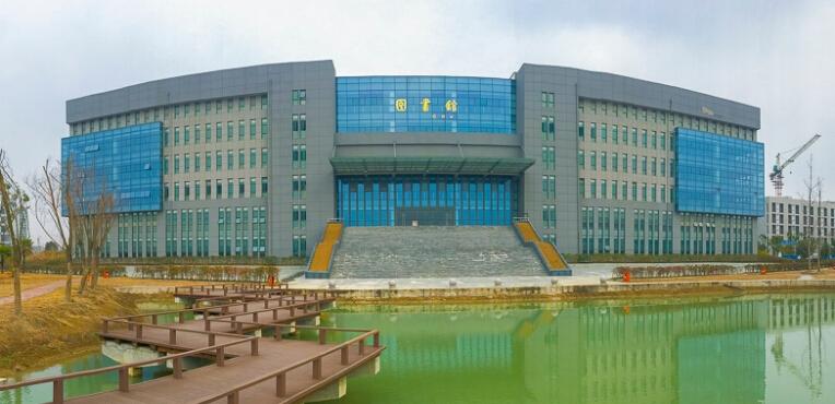 安徽文达信息工程学院和万博科技职业学院哪个好?
