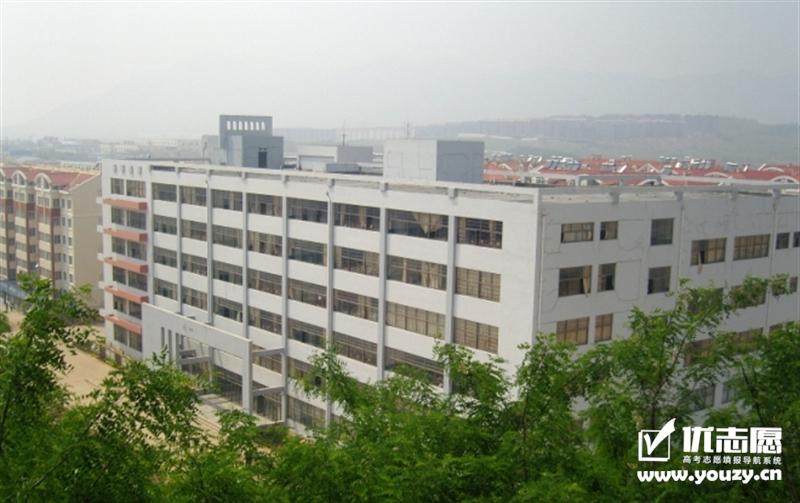 青岛恒星科技学院 教学楼