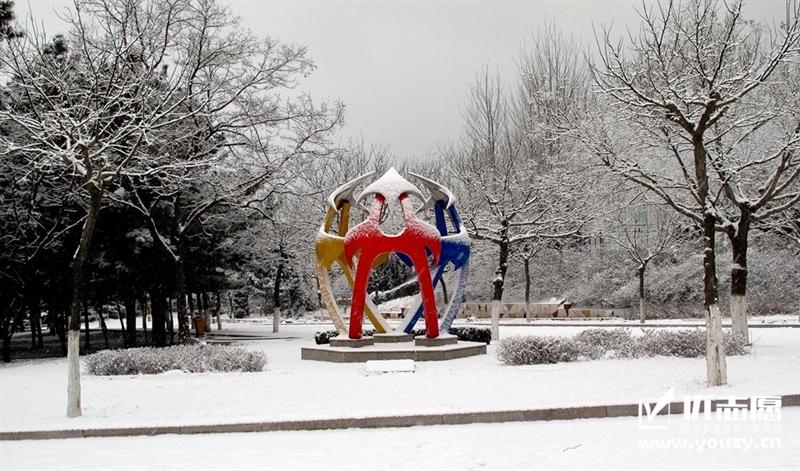 山东大学威海分校 雕塑