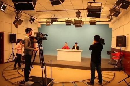 2017年上海市普通高校招生播音与主持艺术专业统考合格线确定