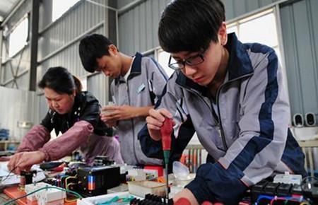 应用电子技术教育专业介绍与就业前景