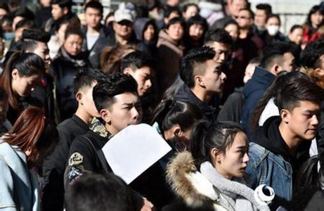 上海音乐学院艺考人数创新高 考官表示个性优于颜值
