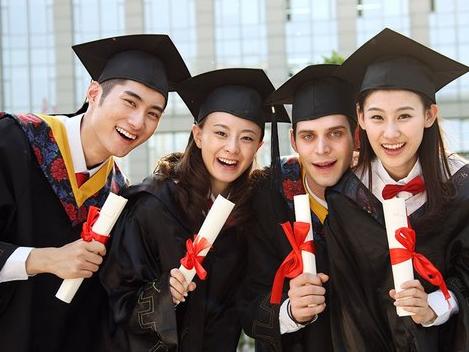 国内高校与中外合作办学EMBA的区别有多大?