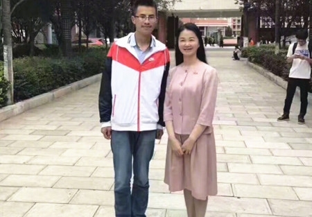 2017云南高考理科状元:曲靖一中李星宏725分