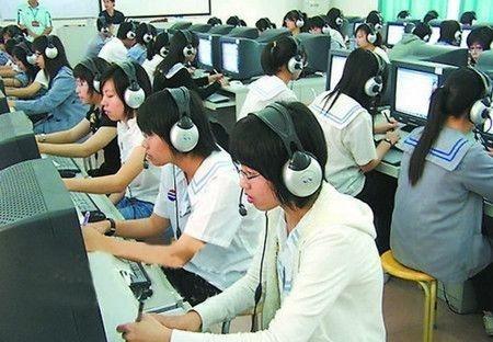 北京高考英语听力机考16日开考 准考证可自行打印