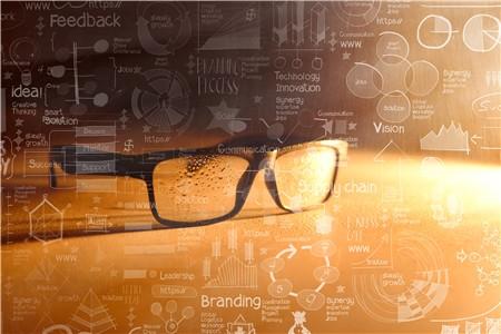 包括视觉传达设计,产品设计和数字媒体艺术3个专业.