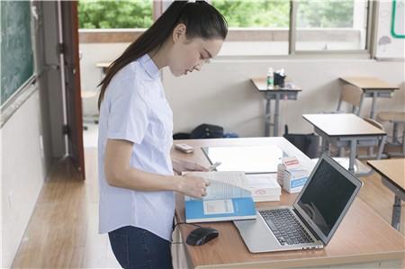 重庆2018年高职分类考试招生分数线公布