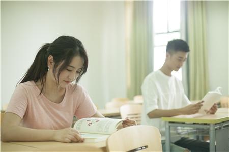 广东2018高职院校依据学考成绩招生征集志愿通知