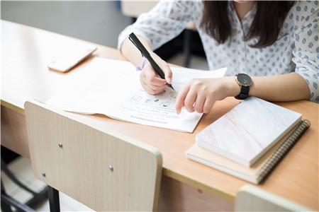 高考志愿填报该不该服从调剂?