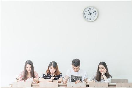 安徽:2018年北京电子科技学院面试分数线公告