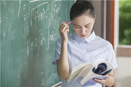 教育部解读24个热门专业