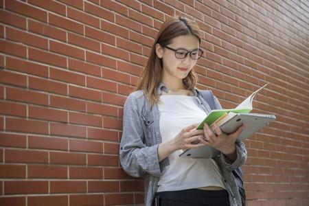 高中生及家長注意:近視將錯過這些大學專業