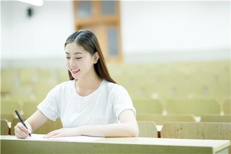 2019年高考报名时间及方式查询