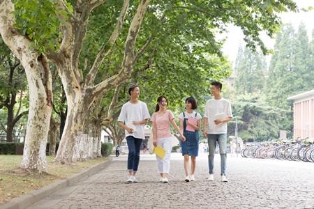 2018年湖南省高校毕业生37.03万人就业率88.05%