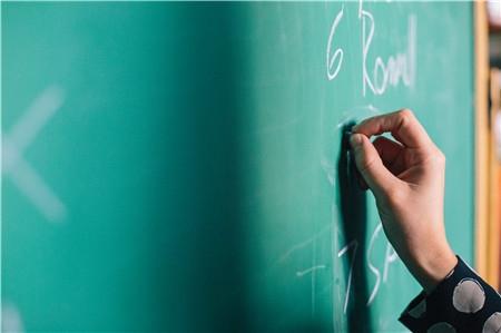 高中英语阅读理解9大题型+解题技巧