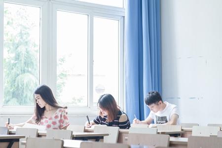 甘肃:省教育考试院温馨提示—致考生的一封信