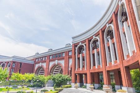 深圳大学全球排名上升35位